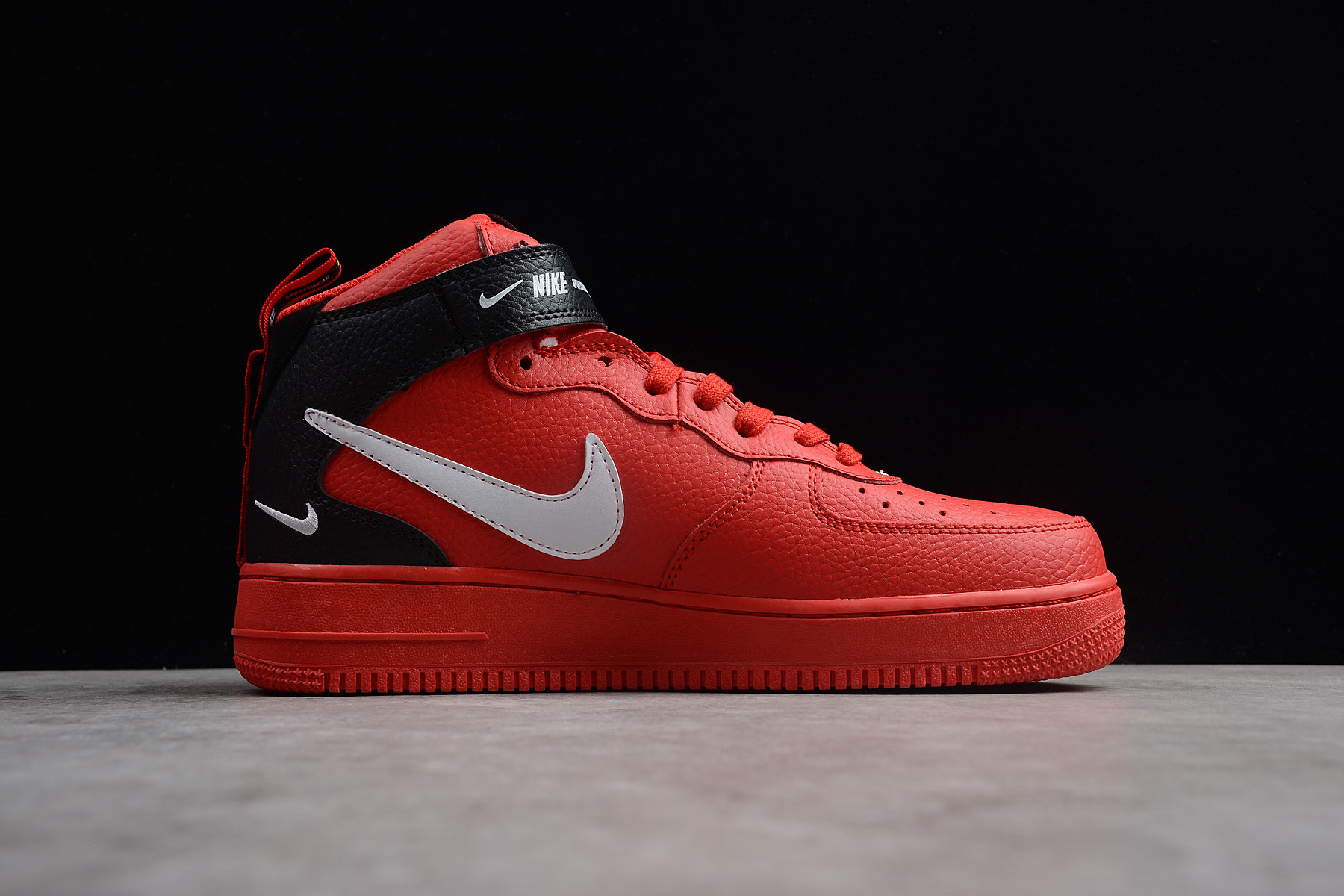 Nike Air Force 1 Mid '07 \